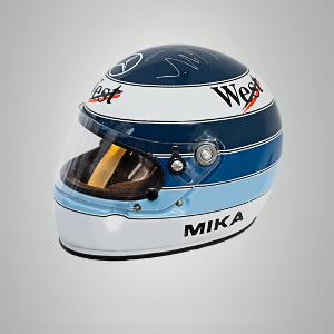 Nokian Tyres oferă casca lui Mika Häkkinen ca premiu în urma unui concurs pe Instagram