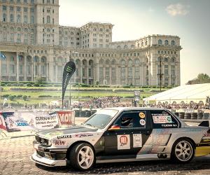 SALONUL AUTO-MOTO  are loc in perioada 3-7 mai in Piata Constitutiei