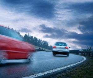 Diagnoza şi repararea profesionistă a sistemelor de siguranţă în timpul conducerii (ABS/ASR, ESP®)