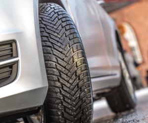 Anvelopele de iarnă premium Nokian Tyres excelează în orice condiții de drum