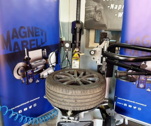 Începem testarea aparatului de echilibrat și a mașinii de dejantat anvelope de la Magneti Marelli