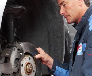 Întreținerea și repararea profesionistă a sistemelor mecanice de frânare
