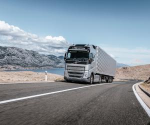 Volvo FH cu I-Save devine și mai eficient, permițând economii de până la 10%