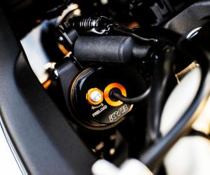 KYB lansează sistemul de amortizare Actimatic pentru motociclete