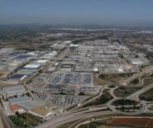 Ford continuă să investească în Electrificare. Un nou motor hibrid și capacități crescute de asamblare a bateriilor la fabrica Ford din Valencia
