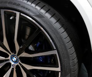 Una din trei mașini electrice de la Salonul Auto IAA Mobility din München este echipată de Pirelli