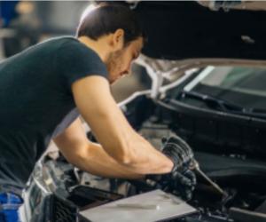 Întreținerea mașinii: cum economisești fără să renunți la siguranță
