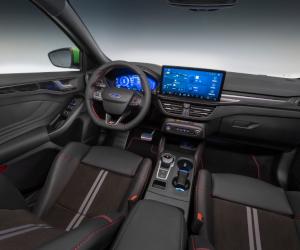 Ford redefinește modelul Focus, prin conectivitate îmbunătățită, propulsii electrificate și stil expresiv